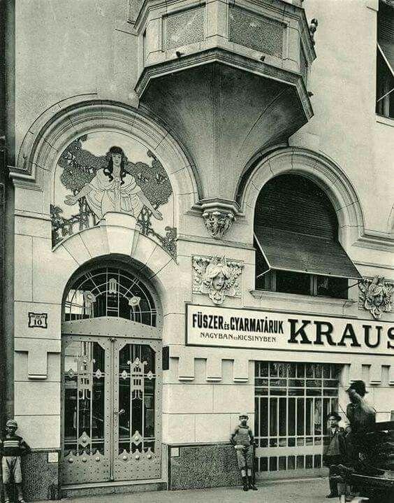 1909. Zichy Jenő utca 10.