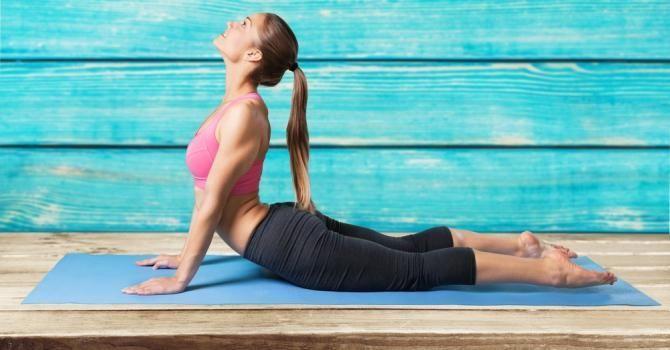 5 positions de yoga pour réduire la graisse du ventre…