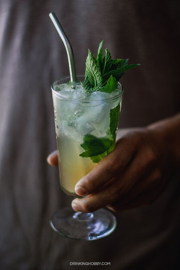 Incredible Mojito Recipe Ingredients What Rum And How To Make It Recipe Rum Drinks Easy Mojito Cocktail Rum Drinks