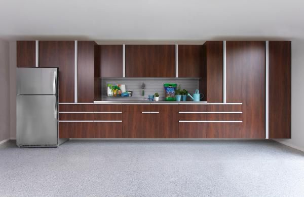 COCO_GARAGE_CABINETS_STAINLESS_STEEL_WORKBENCH