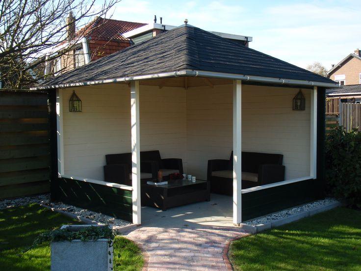 Een prieel - overkapping - paviljoen. Een fijne plek in uw tuin. Om heerlijk te genieten van uw tuin. Geplaatst en verkrijgbaar bij @Tuinmani #tuinmani www.tuinmani.nl