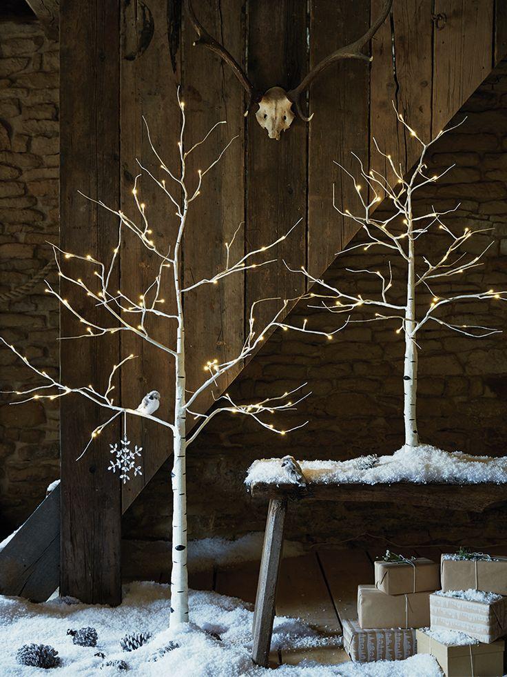 Gorgeous Indoor Decor Ideas With Christmas Lights Anna