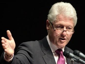 famous left handers - Bill Clinton