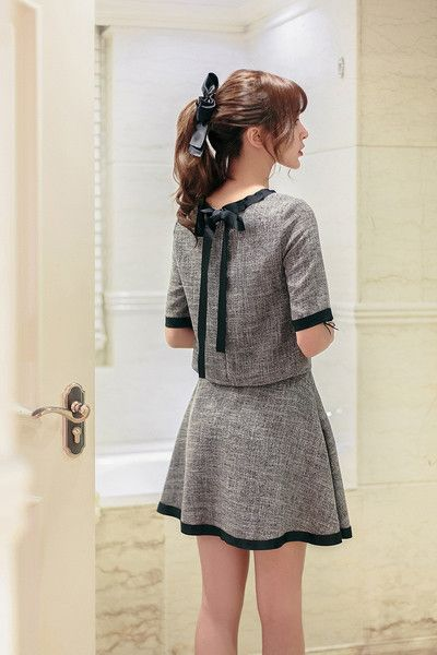 Japanese Fashion - Gray Short-sleeved shirt + A word skirt suit - AddOneClothing - 5