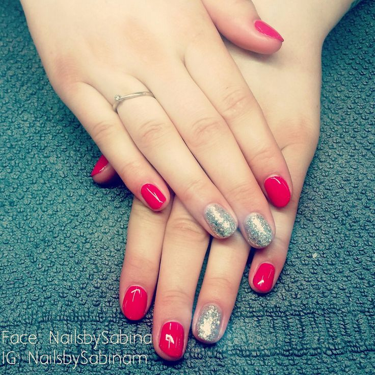 Gelish on natural nails.