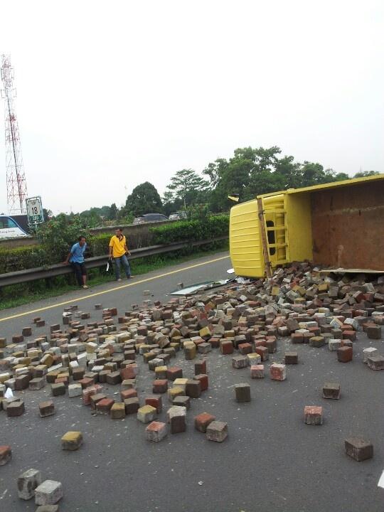 accident at tol km 21 bogor
