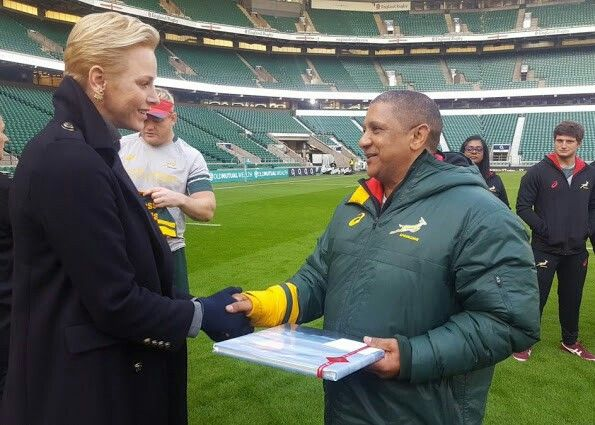On October 11, 2016, Princess Charlene arrived at London and visited players of a South African rugby team (Springboks) while they were in Twickhenham rugby stadium in Twickhenham in London and wished them success. Today, there is a match between South African rugby team Springboks and an English rugby team.