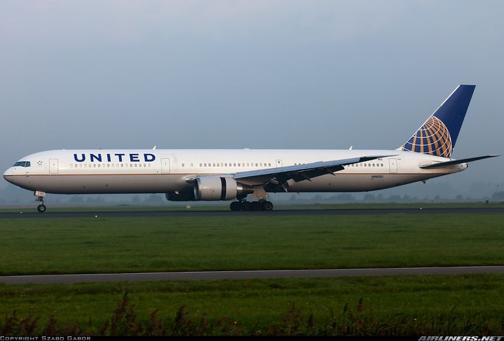 United Airlines (Continental Airlines)  Boeing 767-424/ER
