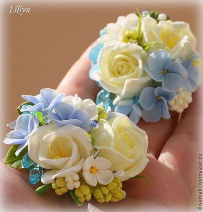 """Las horquillas de los hechos a mano.  Masters Feria - flores hechas a mano claro """"suave mañana"""" pelo -zazhim.  Hecho A Mano."""