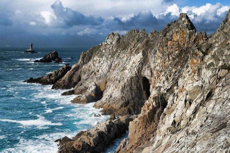 La Bretagne, La Cornouaille, la Pointe du Van, la Pointe du Raz, des sites emblématiques qui offrent un panorama à couper le souffle. Avec #Bontourism, vivez de nouvelles émotions !