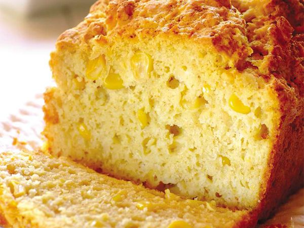 Perfect for dipping in a piping hot soup! Makes 1 loaf  1 can (410 g) cream-style sweetcorn 2 eggs,...