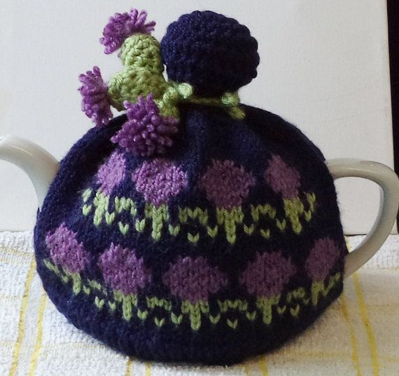 FINAL DAYS SALE - Scottish thistles..... hand knitted and crocheted tea cosy in…