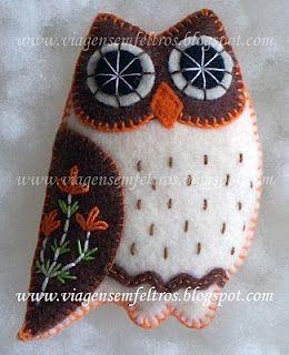 Owls! A wonderful blog for felt craft ideas.