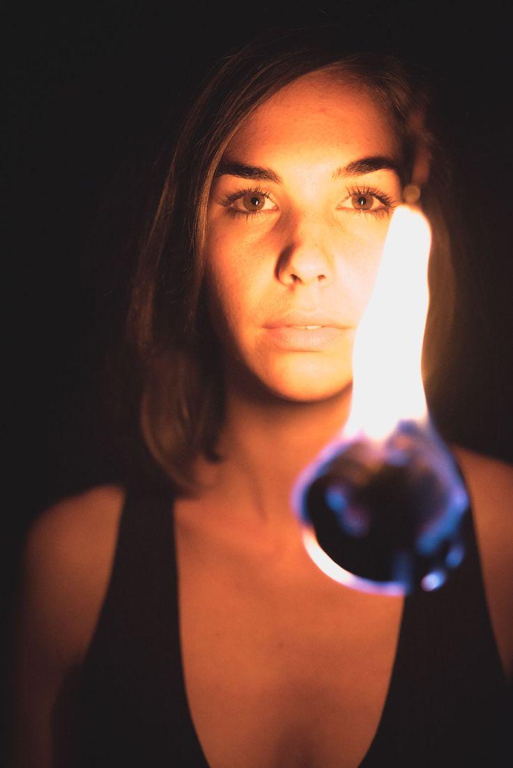 Fotoshooting mit den zwei Feuermalern Laura und Daniel