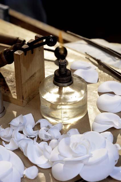 LEMARIÉ | Fiche détaillée Annuaire Officiel des Métiers d'Art de France : artisans art floral, verre, textile, terre, cuir, bois