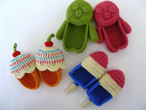 Patterns for baby booties. /love