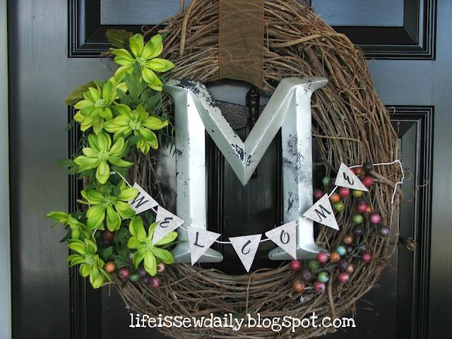 Love this spring wreath!!