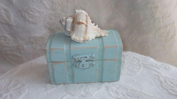 Distressed Beach Nautical Themed Wedding Ring Bearer Box with Seashell