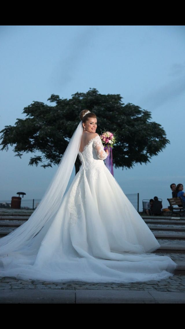 #Günaygelinlik #gelin #gelinlik #düğün #wedding #bride #weddingdress #romance #aşk #bridal #prenses #prensesgelinlik #günay #nazankocaoglu
