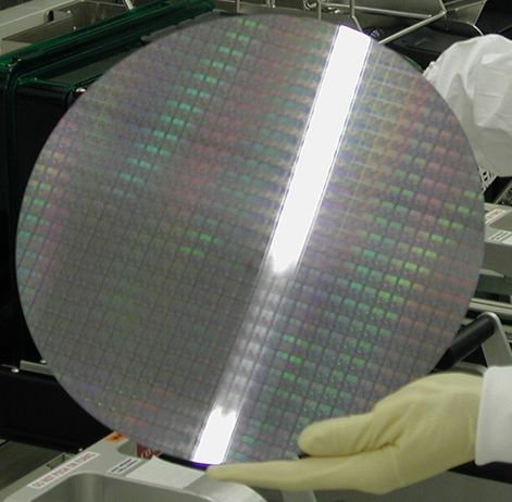 Of Intel's R money, €553m will go on technology to make chips on silicon wafers 450mm in diameter. Twice as many chips could be cut from these as from today's biggest, which are 300mm across.