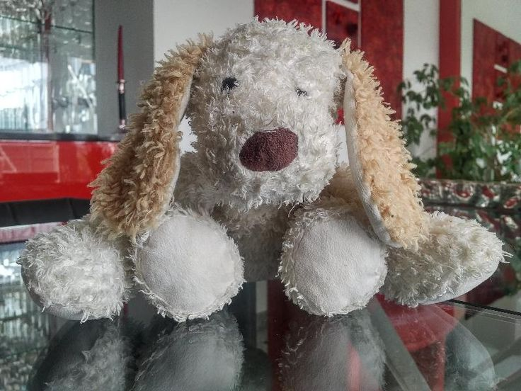 Found on 02 Apr. 2016 @ Alicante Airport. Found it @ Alicante Airport Visit: https://whiteboomerang.com/lostteddy/msg/p42i5x (Posted by Britt on 03 Apr. 2016)