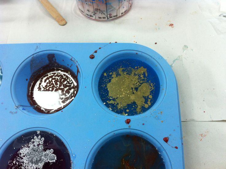 Workshop 2, Resin experiments. Metallic colours! Uni work