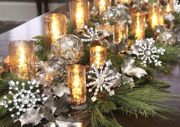 Beautiful Christmas Table Decor