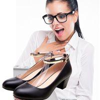 Commercio all'ingrosso Donne Nere 5 cm Classic Pompa Carriera Dell'ufficio Scarpe A Punta Tacco Quadrato In Pelle Pieno fiore Donne Office lady scarpe