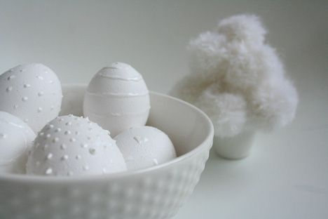Try using hot glue for the designs before coloring the eggs?: Eggs White, Decor Ideas, White Easter, Egg Decorating, Eggs Misc, Easter Eggs, White Eggs, Eggs Design, Eggs Decor