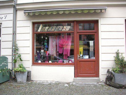 Loops - Knitting Shop in Berlin