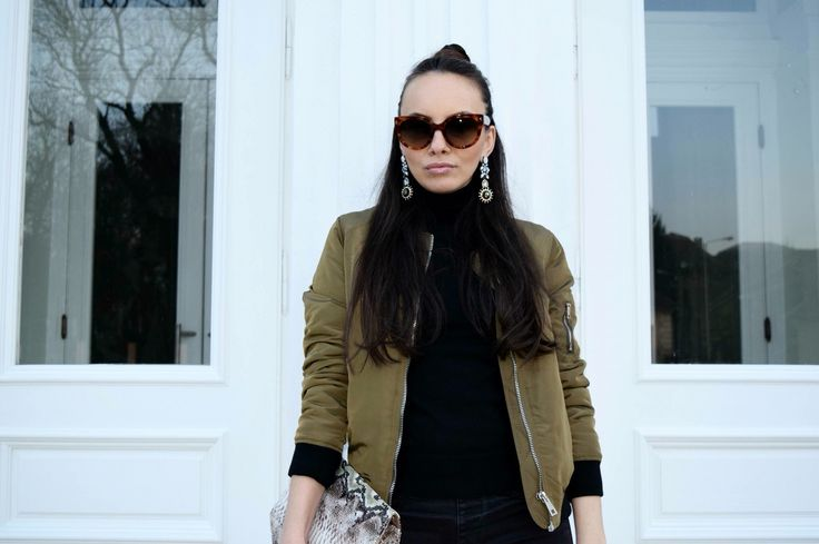 Bomber jacket #outfit