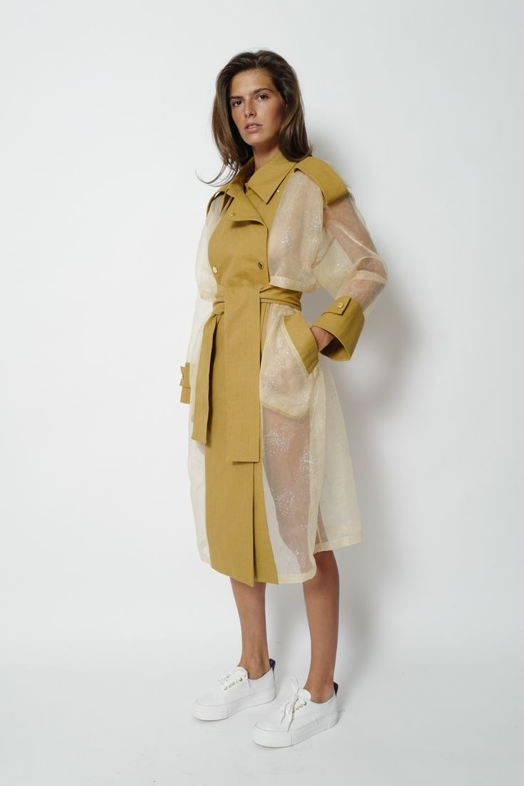 http://www.vogue.ru/collection/autumn_winter2016/pre-fall/moskva/walk-of-shame/