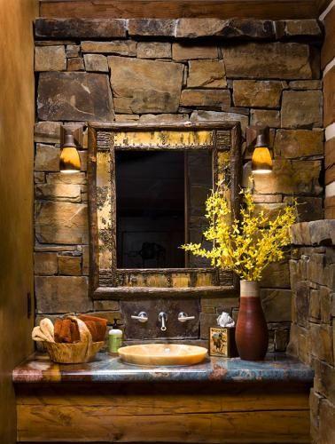 Stone colorPowder Room, Decor Bathroom, Modern Bathroom, Stones Wall, Bathroom Vanities, Bathroom Wall, Rustic Bathrooms, Rustic Bathroom Design, Bathroom Interiors Design