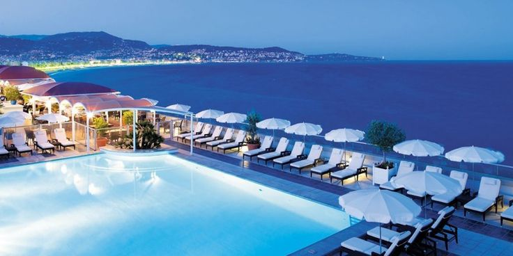 Rooftop relaxation at the Radisson Blu Hotel in Nice in the French Riviera