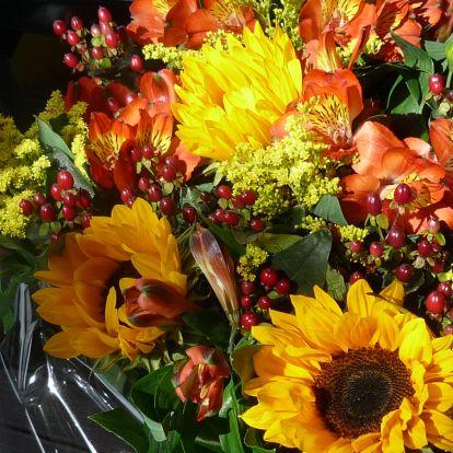 Herfst boeket bloemen, autumn bouquet of flowers.  http://www.kaartje2go.nl/kaartencollecties/creagaat---herfst?sk_id=161