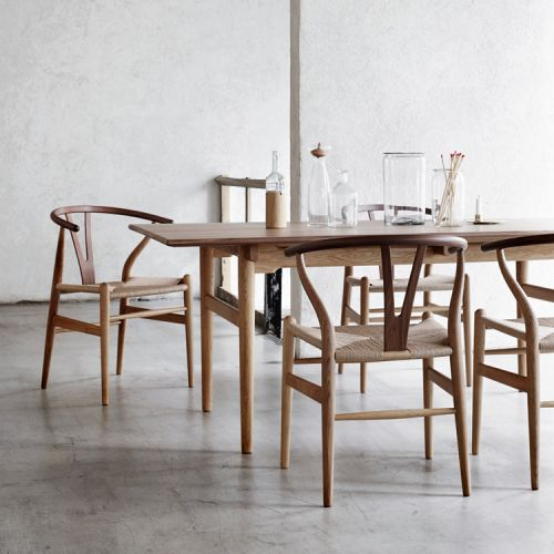 Carl Hansen - CH327 Dining Table Oak/Walnut | Carl Hansen | Hans Wegner
