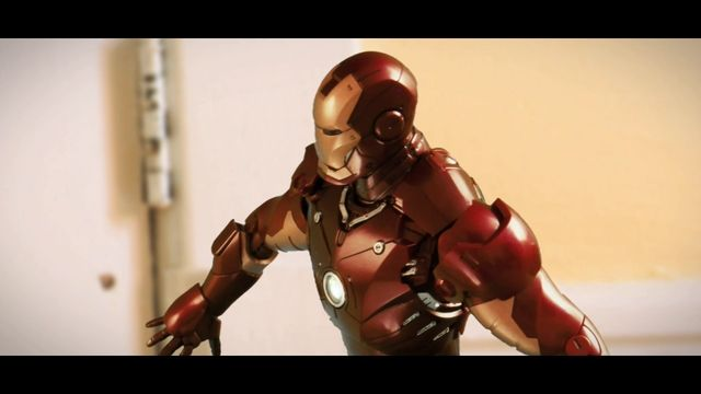 Ever wondered who would win in a fight between Iron Man and Bruce Lee? (Stop Animation)