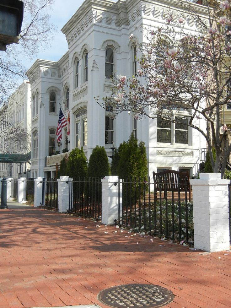 Florida House was built by Edwin Manning, an architect who worked on the Library of Congress. FL Embassy in DC