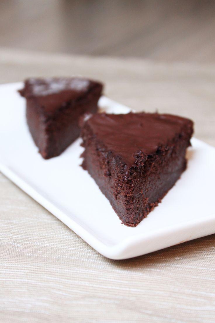 gateau-chocolat-courgette texture sympa, petit arrière goût à améliorer avec épices poivre? Piment d'espelette? Canelle?
