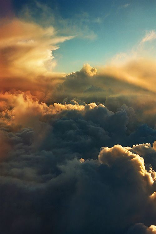 """The best view of """"forever sky"""" you will ever see in your life. The contrast, detail ...this is cloud's at their best."""