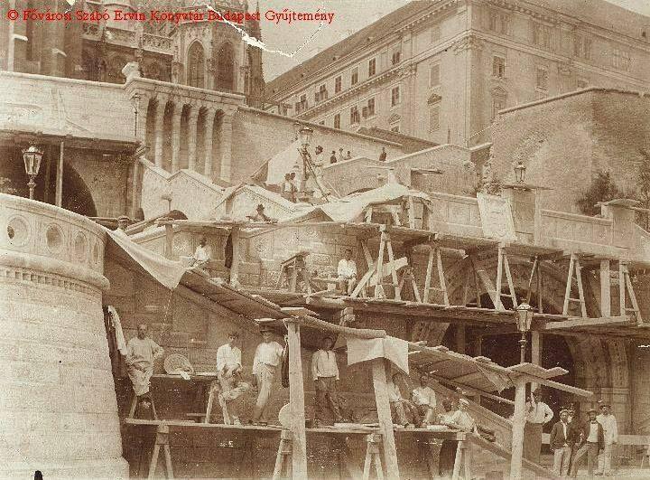 1902 körül. Épül a Halászbástya,