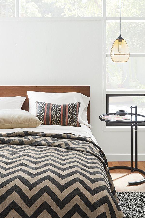 Modern Bedroom End Tables 51 best modern end tables images on pinterest   modern end tables