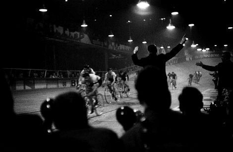 Six-day racing in Paris, 1957, at Vel d'Hiver