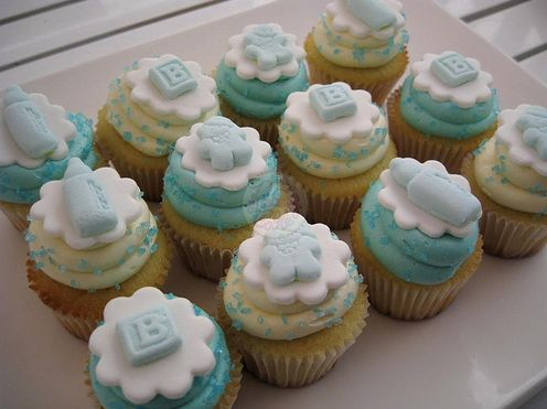 http://www.thecupcakeblog.com/wp-content/uploads/2010/05/Boy-Baby-Shower-Cupcakes.png