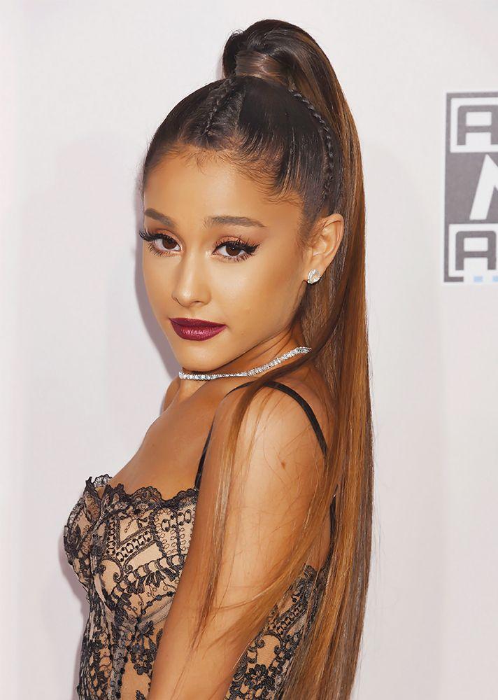 Ariana Grande Ponytail AMAs 2016 | StyleCaster