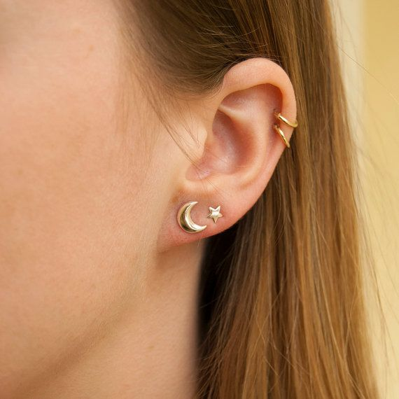 Howlin' Crescent Moon 9ct gold stud earrings moon by SeolGold