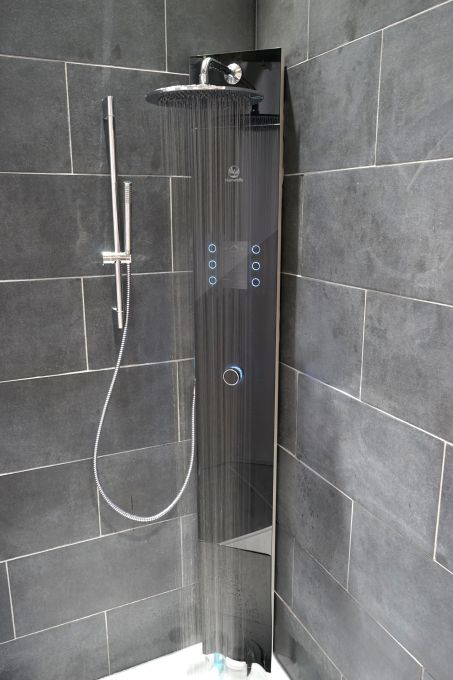 Hamwells raises 1.2 million for the connected e-shower of the future #Startups #Tech