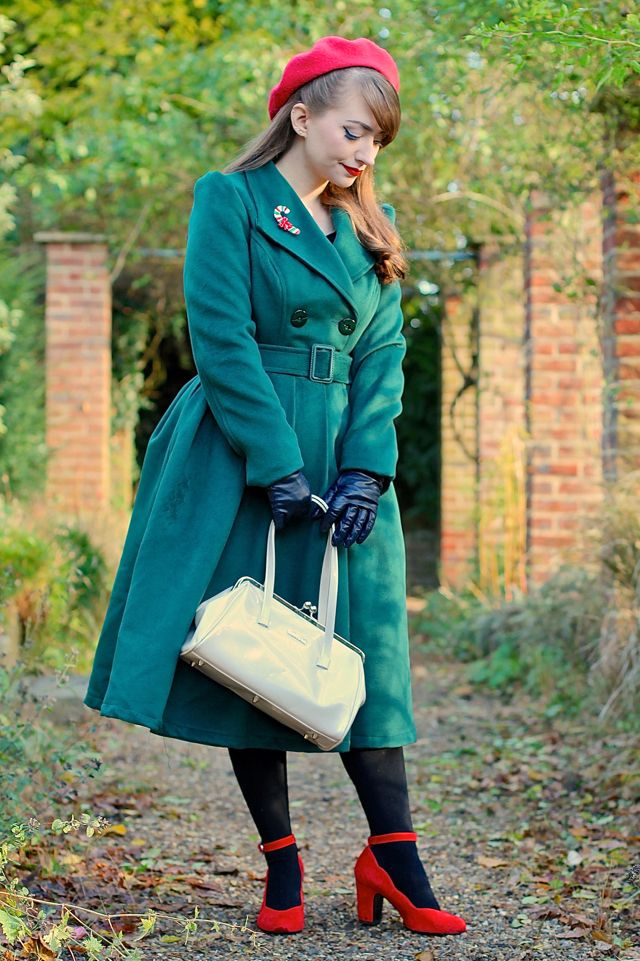 Hearts and Roses London swing coat in green