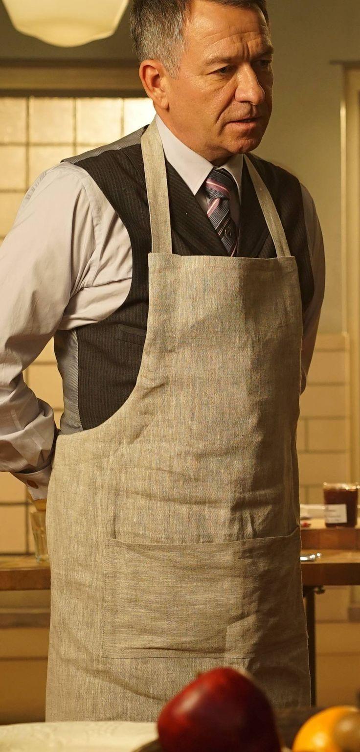 Gotham 2x17 - Alfred Pennyworth (Sean Pertwee) HQ
