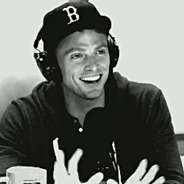 Wilson Bethel. WITH A BOSTON FUCKING RED SOX HAT. This man knows me well. :)